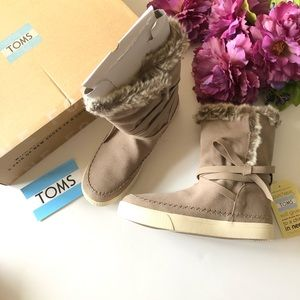 TOM'S Vista Faux Fur Lined Suede Boot